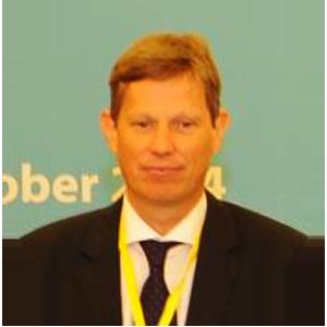 Dr. Philipp Magiera